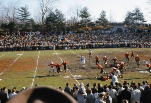 Stamford High football, this time 1959. Not sure who they're playing, but it appears to be an extremely confusing visual matchup of orange vs. red.